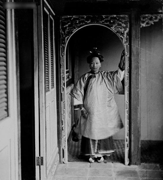 148年前的中国 - 空山鸟语 - 月滿江南