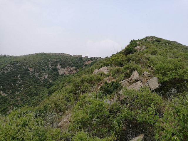 荥阳向南20公里新与密交界 探访与皇帝有故事的山寨