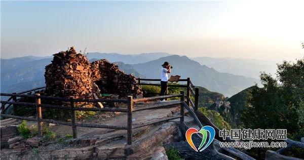 河南省洛阳市新安县黛眉山景区旅游攻略-梳妆台!