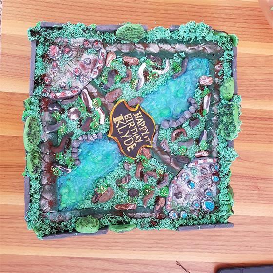 lol玩家制作可以吃的蛋糕地图 一口吃掉整个图片