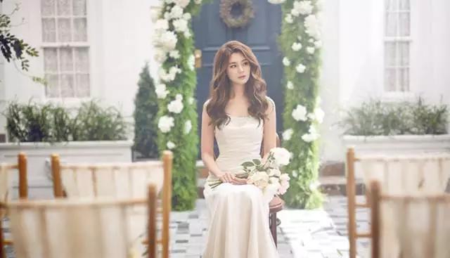 婚纱摄影摆美姿技巧,拍婚纱照怎么摆姿势图片