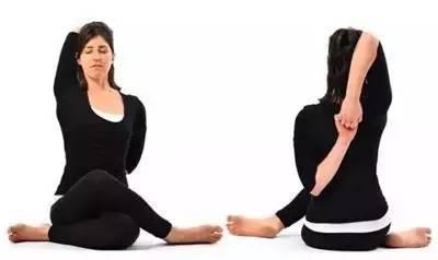来一组手臂瑜伽改善手臂太粗图片