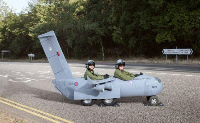 阿斯顿·马丁新车,尺寸比卡丁车还小,比f1更有趣