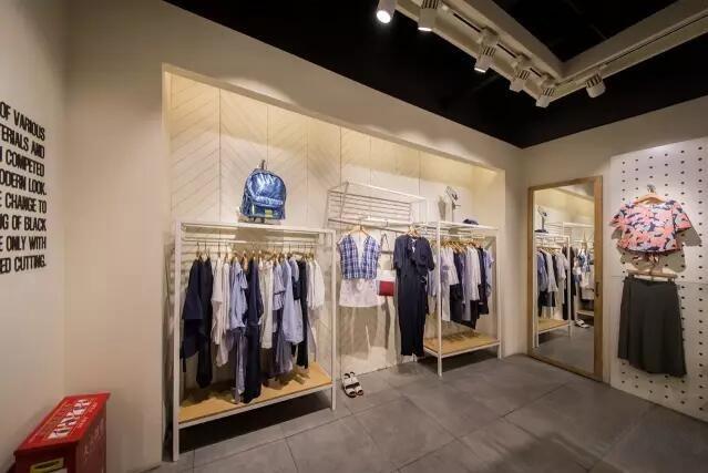 店铺照明 | basic house服装店铺照明解析
