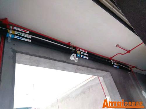 家用中央空调安装步骤(氟系统)  2,冷媒管安装  3,冷凝水管和电路