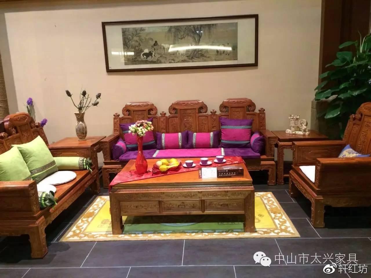 红木家具客厅摆放风水有讲究,六点宜忌要谨记!