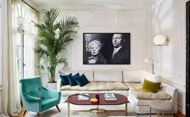 图6▼ 图7▼ 图8▼ 图9▼ 图10▼ 用石膏装饰电视背景墙 搭配墙漆
