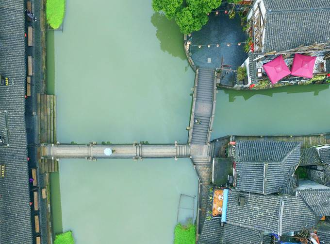 一座活着的千年古镇,西塘的双重之美,昼与夜