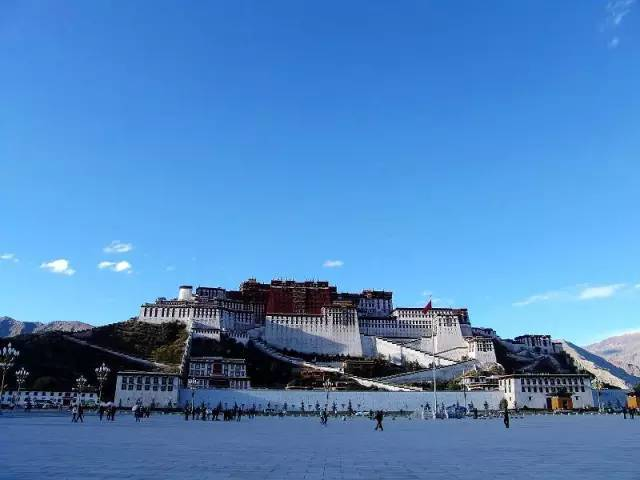 待你厌倦世俗,可否陪我一起留在西藏
