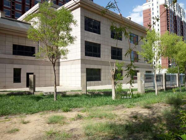陕西榆林一保障房小区幼儿园建成4年未装修图片