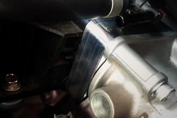 一块垫片提升动力 蓝鸟加装beatrush涡旋节气门垫