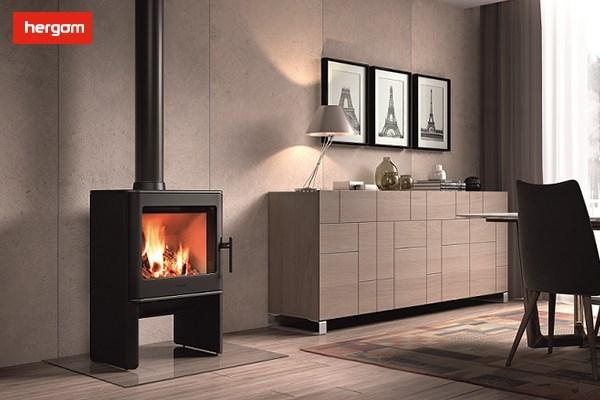 燃木壁炉燃烧温度很高,能够把燃烧不全的烟气全部烧光,并排放极少的