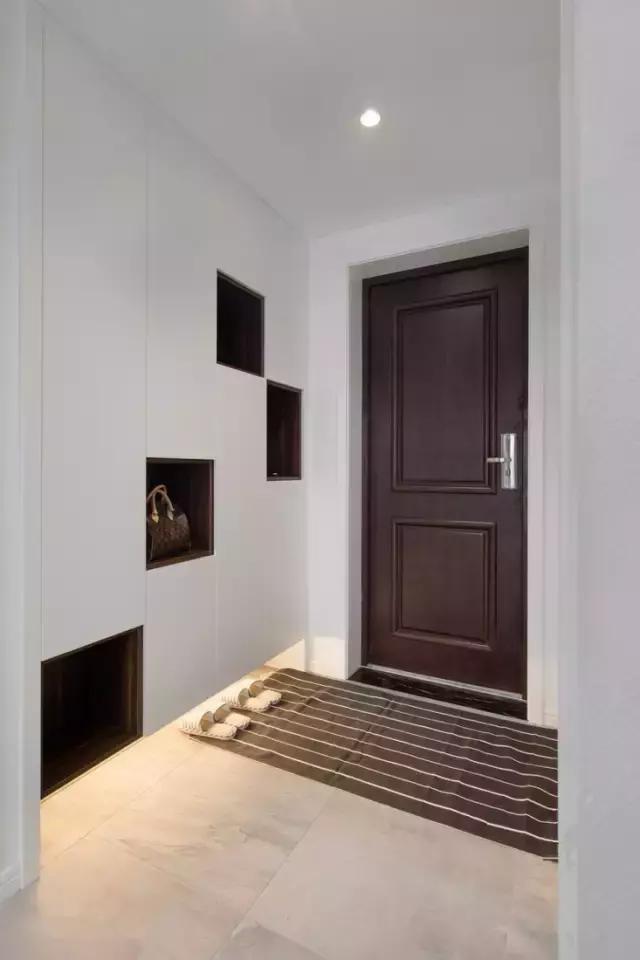 进门无玄关,鞋柜怎么办
