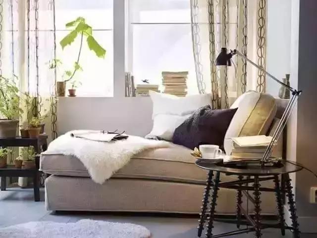 沙发 客厅/沙发是居室中不可缺少的家具,无论是在客厅,还是在书房,以往...