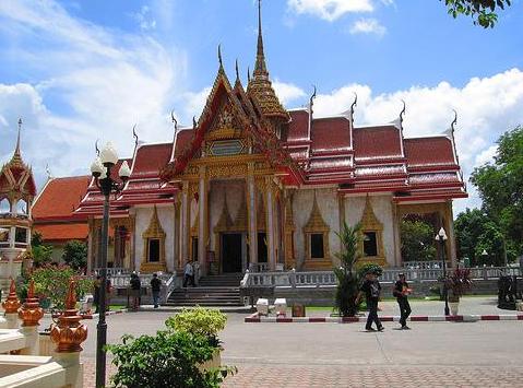 泰国芝麻旅游:泰国普吉岛查龙寺