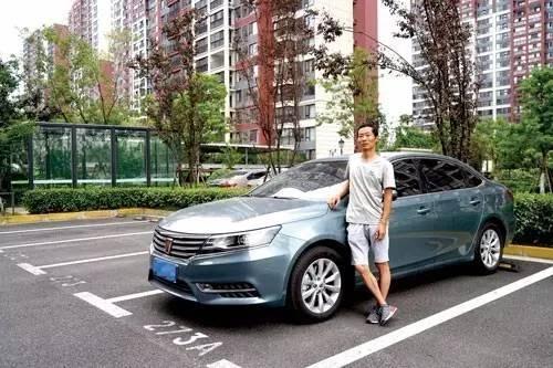 """荣威i6车主:这车""""贴心,省油,智又炫丽""""_搜狐汽车长城好看中控锁失灵图片"""
