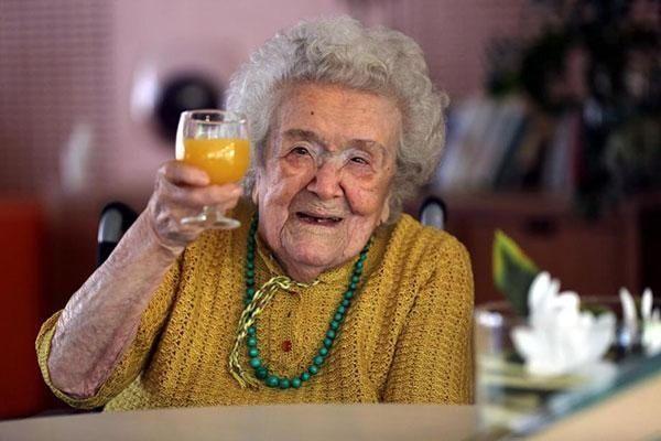 法国老奶奶做到了!图片