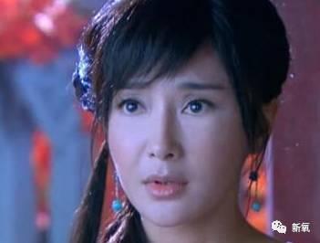 :   还有秦岚,在《还珠格格3》演知画的时候,也是人如其名,美的