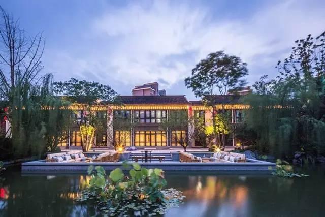 突显卖一栋少一栋的别墅,独栋别墅价值作为西山物业v别墅图片