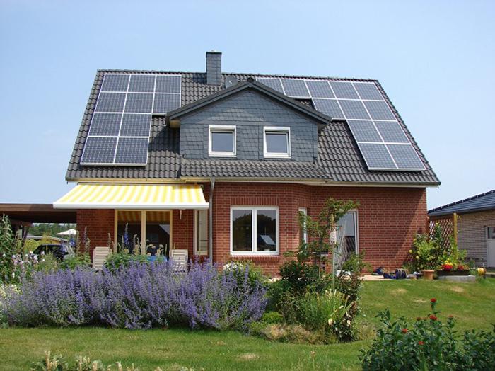 屋顶光伏v屋顶得好至少用25年选阳光源多加5年孝感泳池别墅沙缸图片