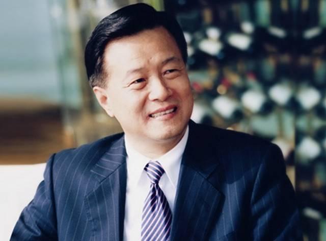 2019国内富豪排行榜_马化腾 产业竞争正从 单打 变为 双打