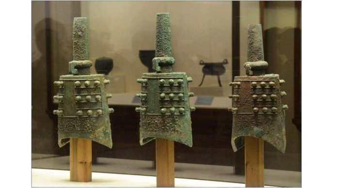 中国古代铜器在世界艺术史上占有独特地位并引起世界各地的普遍重视
