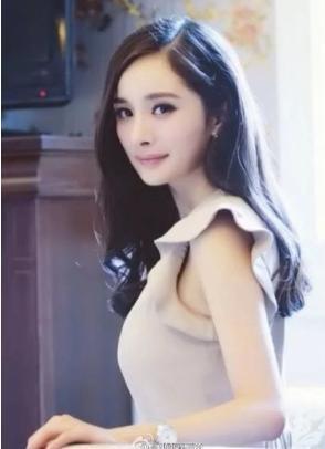 当红女明星_以下是华语娱乐圈人气正旺的当红女明星们