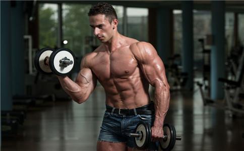 哑铃高强度训练,2个月刷低脂肪,显现肌肉线条