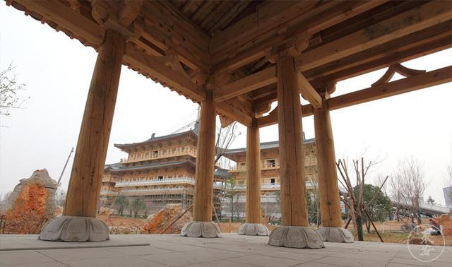 河南洛阳打造仿古建筑,木结构承重不用一根钉子