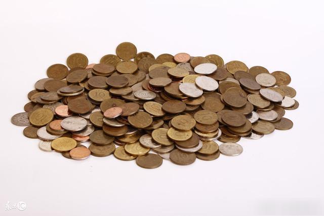 一生中花费多,容易破财的生肖