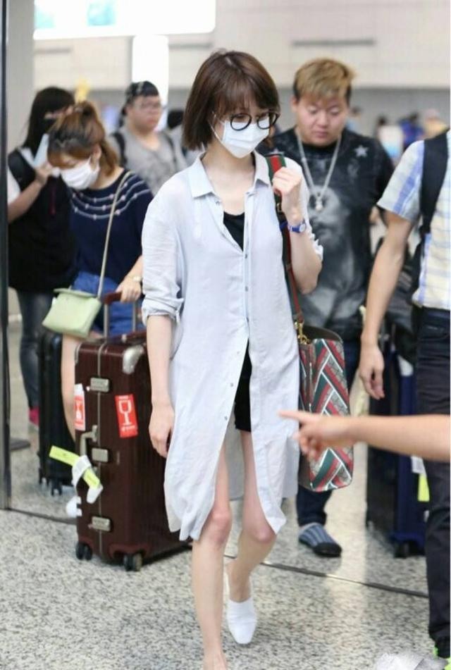 热巴刘亦菲被嫌弃胖,还是80多斤的郑爽穿衣更上镜