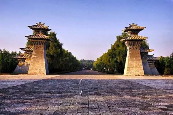 """""""的研究中心—龙马负图寺-再有人问洛阳凭什么叫旅游城市,把这篇"""