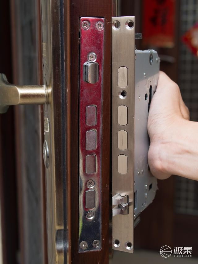 原来安装指纹锁这么简单,自己就能装智能指纹锁