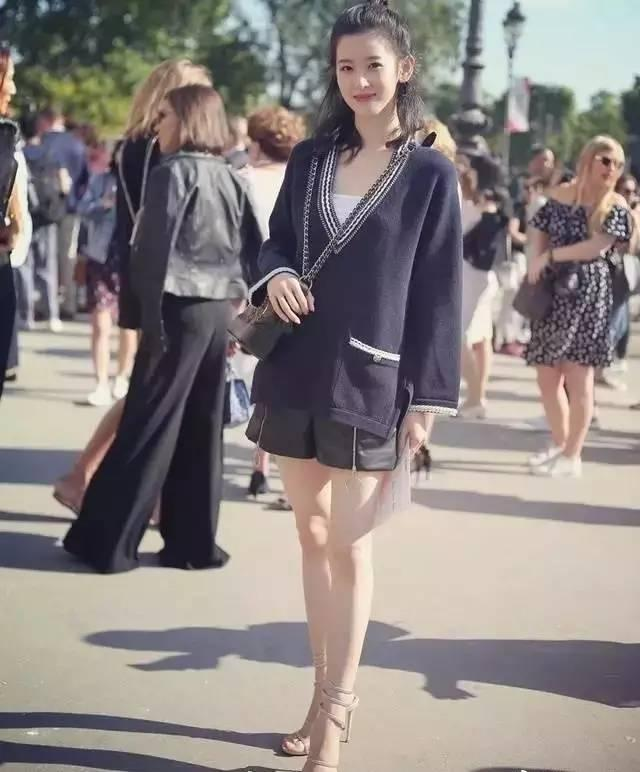 奶茶妹妹穿搭越来越有名媛范,刘强东你还脸盲吗?-时尚-河北新闻网