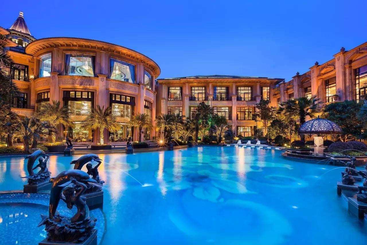 上海这家可以住的城堡酒店,比迪士尼好玩一百倍