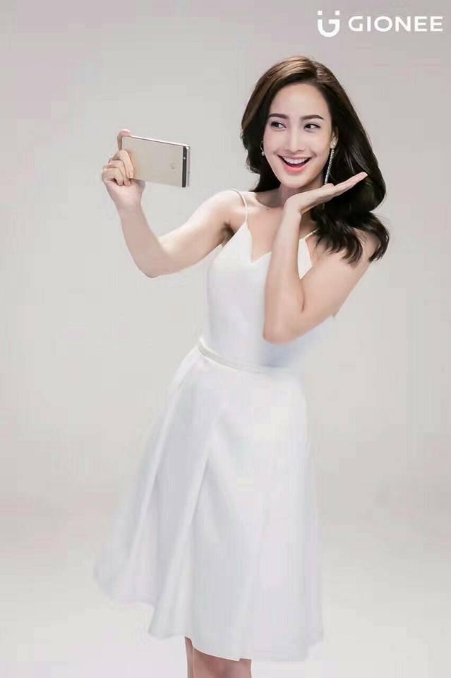 邪在Taew官微宣布的微博表!全面屏女明星壁纸插图(4)