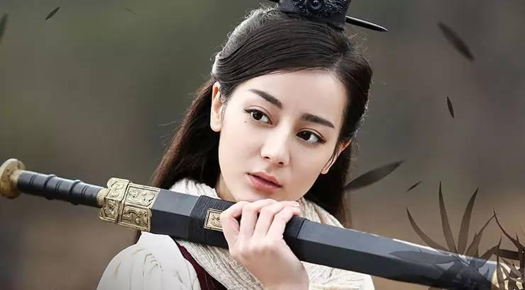 美人计   丽姬迪丽热巴是靠睫毛俘获秦王心的
