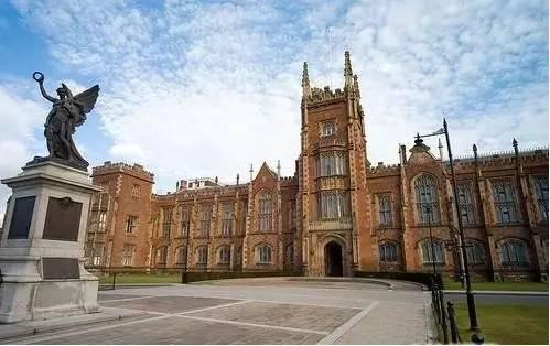 大学英�yf����`&�,~x�_申请人数减少,英顶尖大学降低入学要求