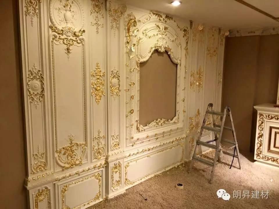 护墙板的基本结构包括:顶线,上下护墙板,腰线,踢脚线.