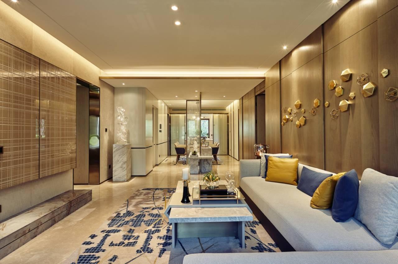 在郑忠先生设计中可以清晰的感受到顶级酒店的品质感和浓郁的时尚特质