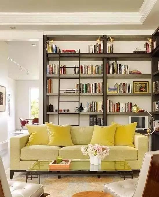 客厅 沙发/一、沙发离墙的摆放方式