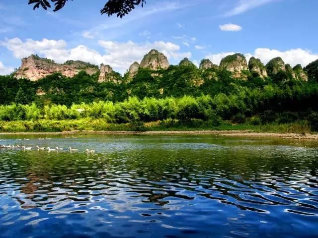 第一批去浙江这10条天路的宁波人,已经跪着回来了,吓人又笑人!