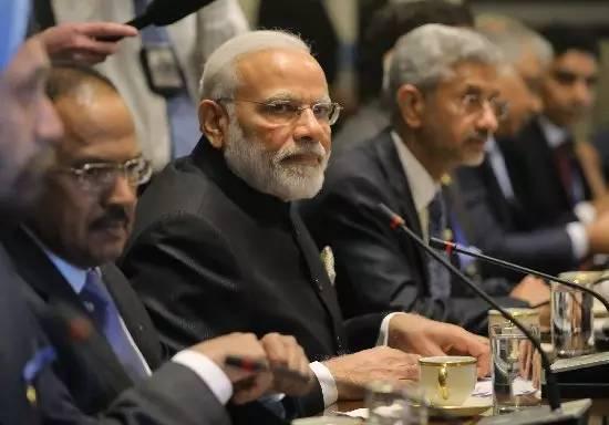 时局|美国祭三大杀招救印度,中国反制一击制胜