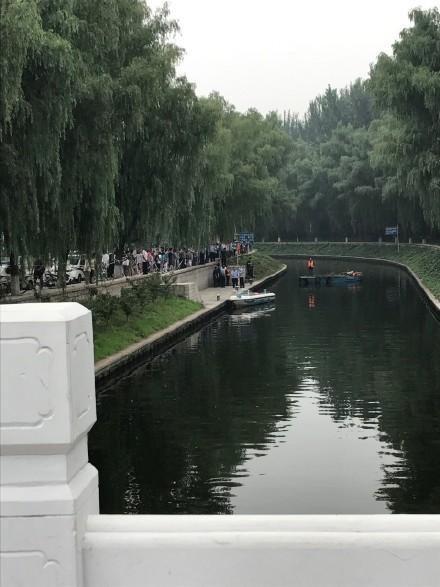 北京国家图书馆附近现浮尸