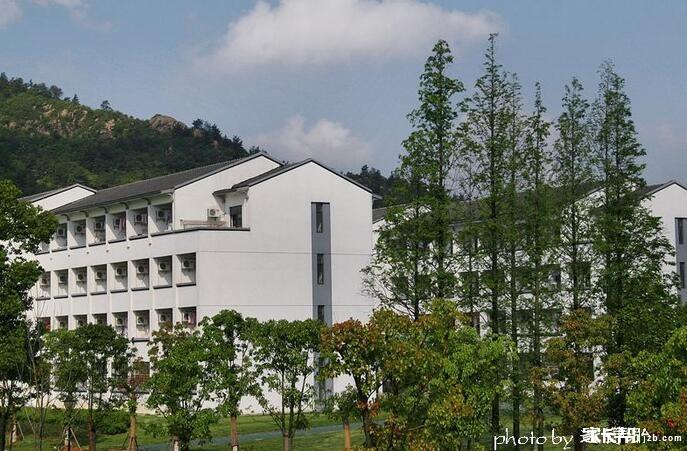 原来,在苏州有多初中照片住宿!_搜狐初中学校王南钧图片
