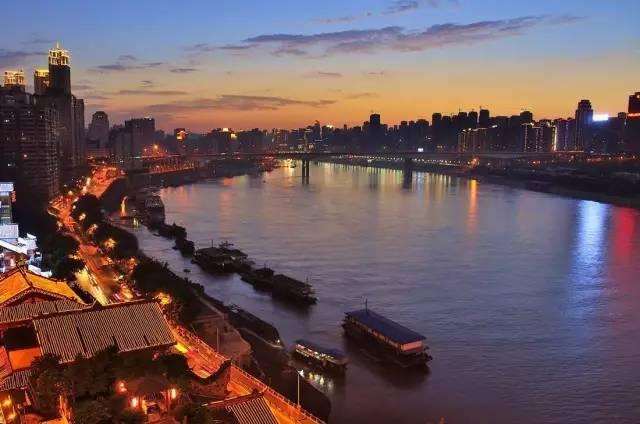 成都VS重庆,你觉得到底哪个旅游景点更多