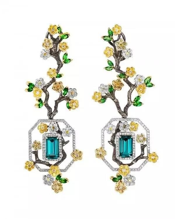 一组耳饰的珠宝设计欣赏