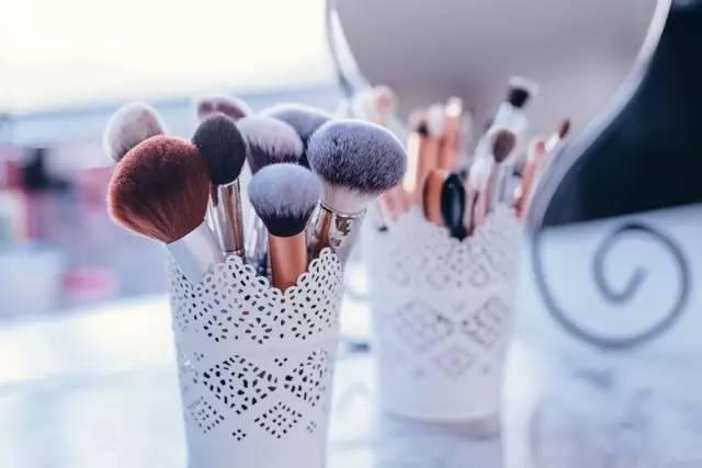 彩妆工具介绍 让你不花冤枉钱!