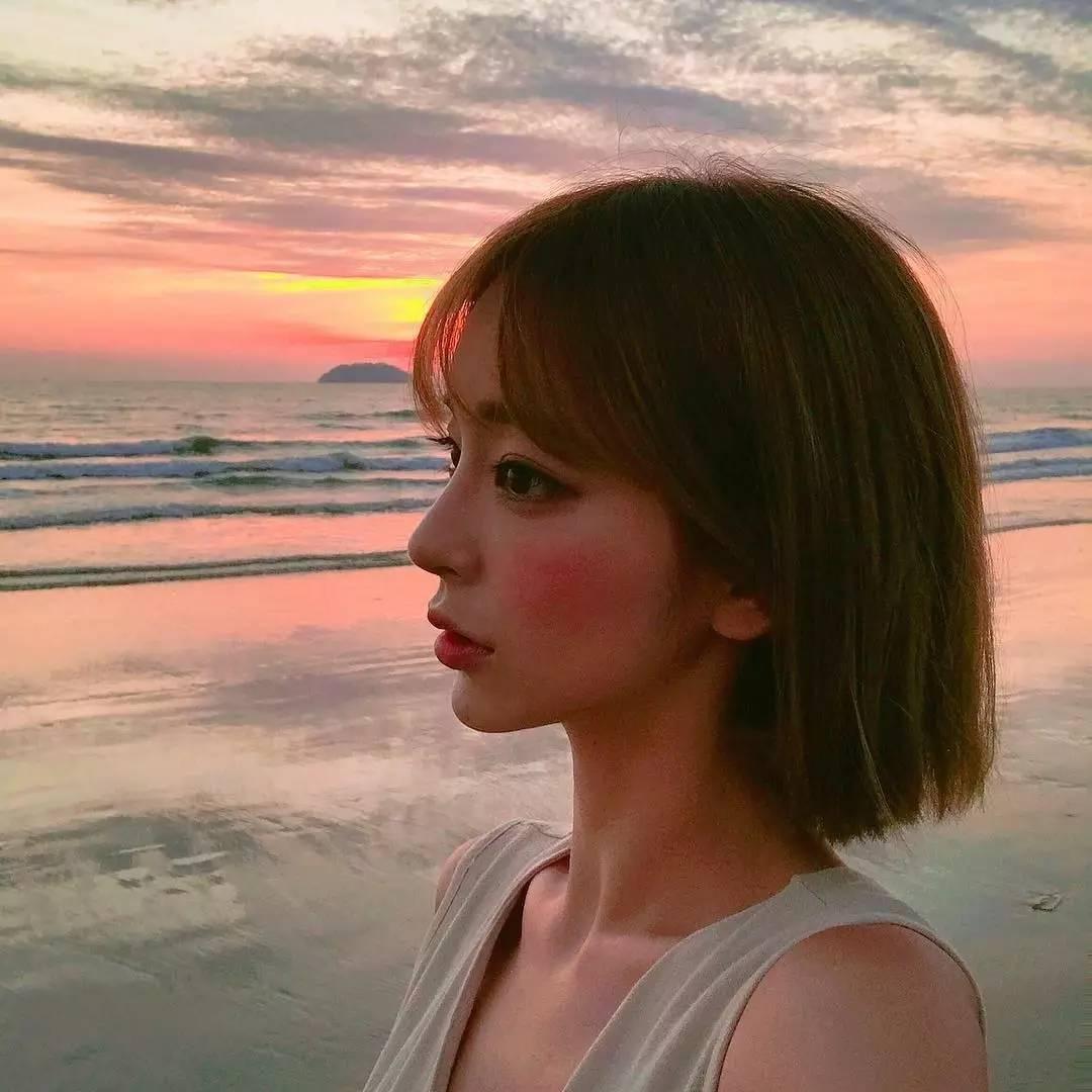 最火的女生_女生头像