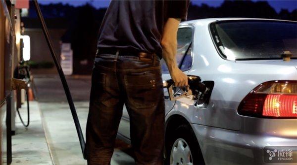 新型流体电池即将商品化:充电像加油一样快,电动汽车绝配